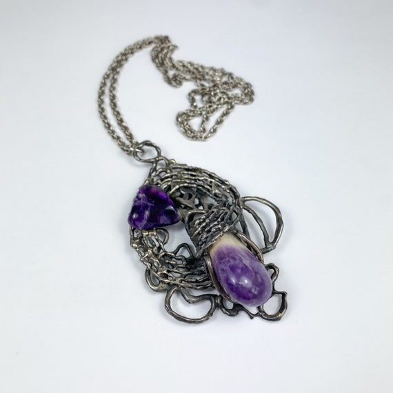Brutalist Necklace with Amethyst Pebbles