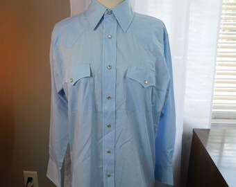 931764bbbd1045 Vintage Sheplers Men s Unisex Cowboy Western Wear Pearl Snaps Shirt Blue