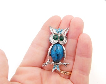 Vintage Mid Century Turquoise Stone Owl Bird Costume Jewelry Pin or Brooch Dr35