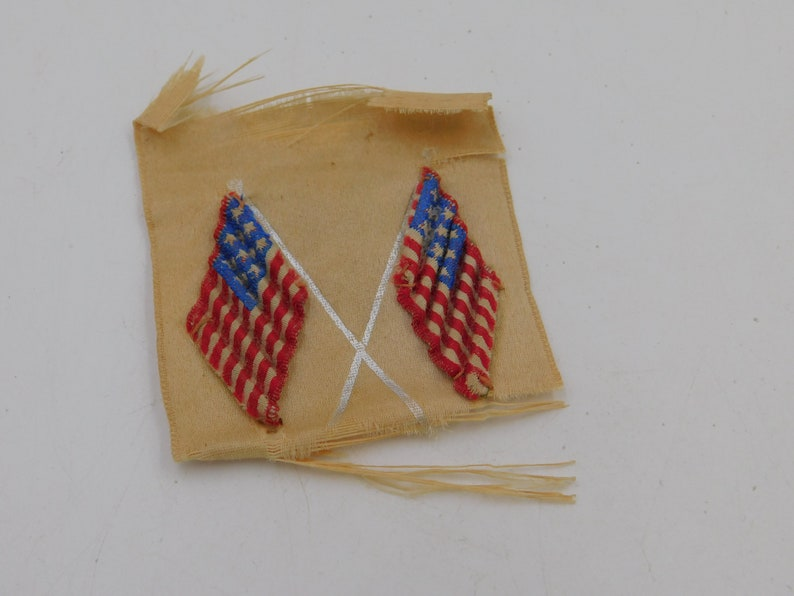 e29ce3b6eaa7 Antique World War 1 Homefront Hand Sewn American Flags Finding