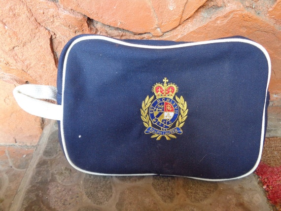 53551d0b68 Polo Ralph Lauren cosmetic travel hand bag polo crest zip up