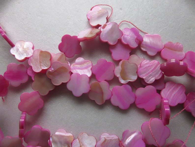 Fuschia Flower Mother of Pearl Shell Beads 15-16mm 10 Beads