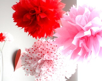 Valentines Day Tissue Paper Pom Poms, Valentines Day Party Set, Tissue Paper Flowers, Party Decorations, Photo Shoot, Birthday Party