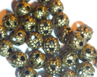 lot 30 beads 4mm bronze filigree