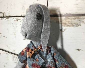 primitive folk art wool felt rabbit doll - wool felt rabbit - farmhouse decor - cottage decor - handmade rabbit doll - folk art rabbit