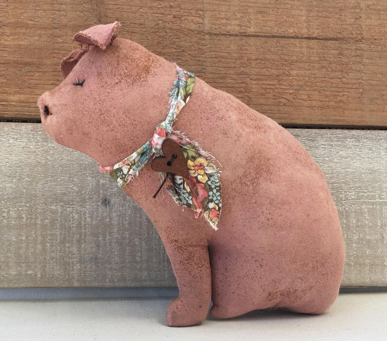 Grungy Pink Sitting Farmhouse Pig / Primitive Pig Decor / Pig image 0