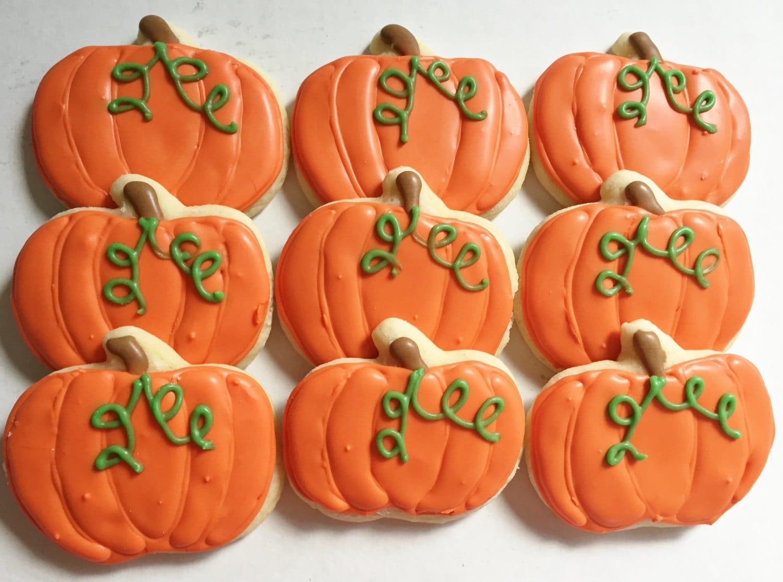 Fall/ Halloween Pumpkin Cookies Pumpkin Cookies Halloween ...