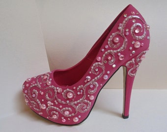 SALE Size US8 Pink Fuchsia Jeweled Hand Painted Pumps a287ffdc8