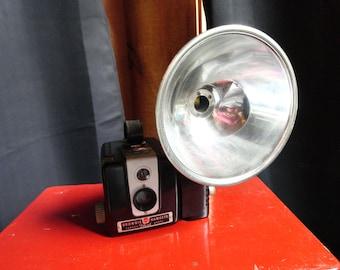 Vintage Kodak Brownie Hawkeye Camera retro mid century 1950/'s travel home decor prop Free Shipping