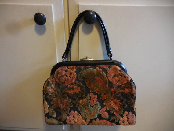 Vintage 1950s to 1960s Retro Carpet Purse/Pocketbo