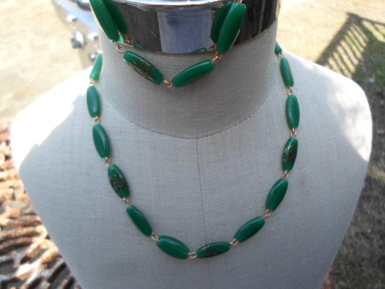 Vintage 1960s to 1970s Green Glass Gold Tone Necklace and Bracelet Set Floral Motif