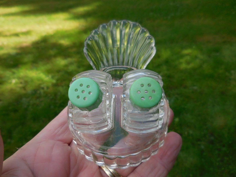 Vintage Art Deco Tiny Clear Glass Salt and Pepper Shakers Green Plastic Screw Tops With Holder Small 1930s to 1940s Set