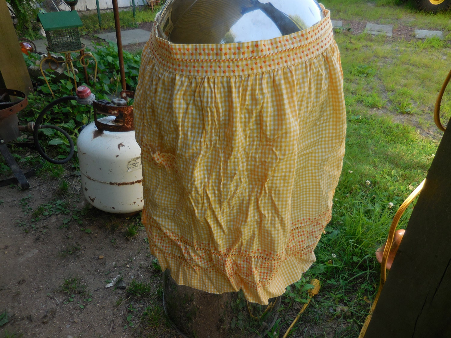 Vintage Aprons, Retro Aprons, Old Fashioned Aprons & Patterns Vintage 1950S To 1960S Yellow  White Gingham Half Apron With Orange Embroidered Squares Fabric Retro $16.99 AT vintagedancer.com