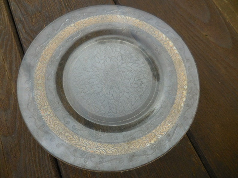 Vintage 1930s to 1950s Clear Glass Small Plate Retro Gold Trim Embossed Back Dish Display Decorative Flowers