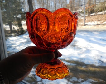 Vintage Yellow/Orange Glass Pedestal Glass Dish Nuts/Candy Amberina Pressed 1950s to 1960s Scalloped Rim