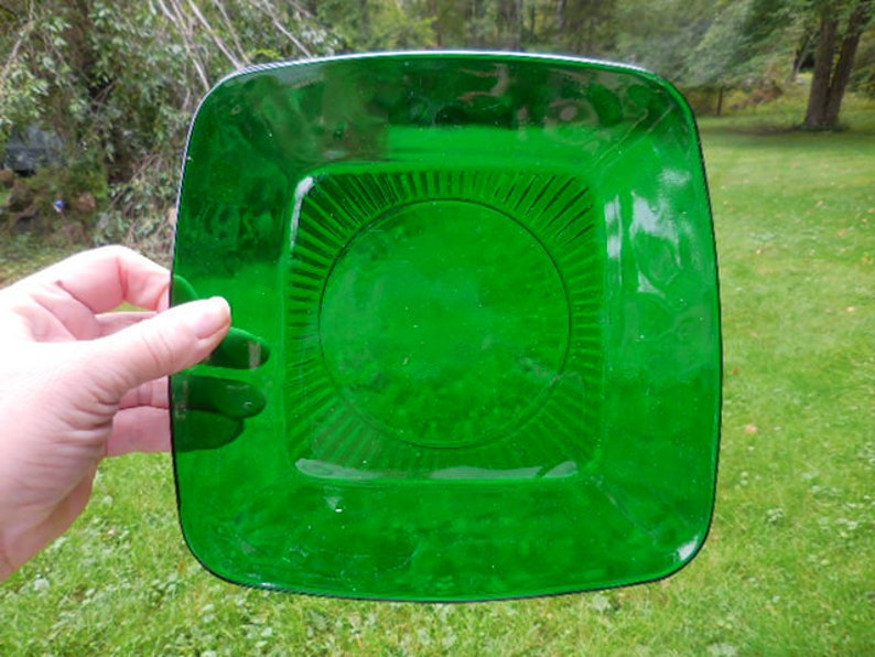 Vintage 1930s 1950s Anchor Hocking Forest Green Glass Translucent Luncheon Square Plate Rounded Corners Dark Retro Transparent Display 1