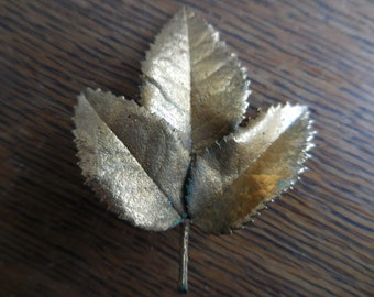 Vintage Gold Tone Three Leaf Pin/Brooch Leaves 1960s to 1980s Real Leaves