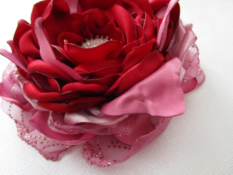 Red fabric flower Valentine/'s day flower Wedding flower brooch Bride bridesmaids flower hair accessory Wedding cake topper