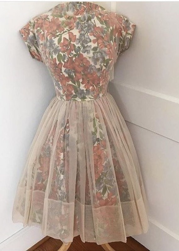 1950s 1960s full skirt floral fall dress