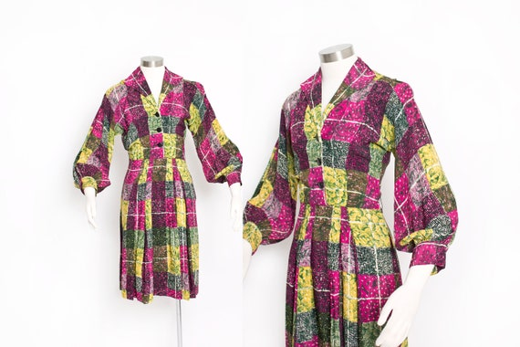 Vintage 1940s Dress Printed Rayon Poet Sleeve 40s