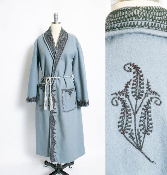 1950s Robe Wool Felted Embroidered Flannel Designe
