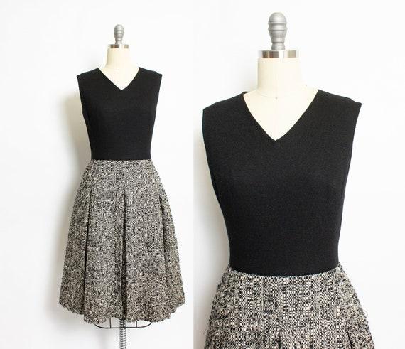 1960s Dress Black Wool Fleck Bouche Pleated M