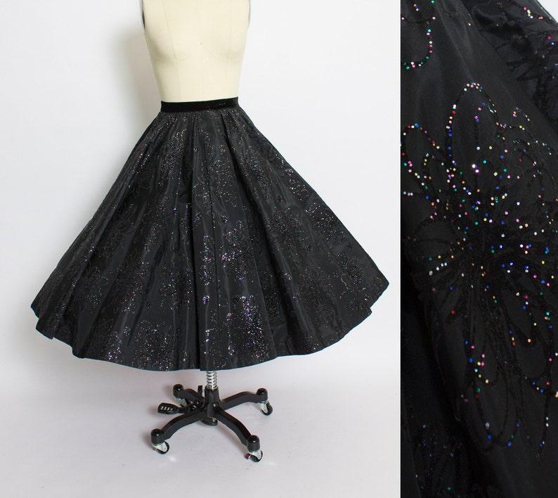ae726c862e Vintage 1950s Circle Skirt Black Taffeta Flocked GLITTER