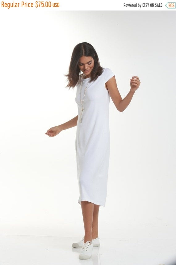 ON SALE White Casual Midi Dress, Short Sleeve Loose Dress, Flattering  Dresses For Women, Plus Size Summer Wear, Classic White Dress, Vacatio