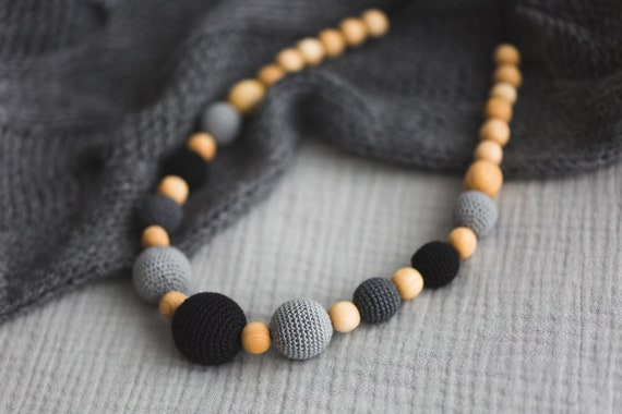 Juniper Wood Mala Nursing Necklace  Breastfeeding /& Babywearing Mom Accessories  Teething Jewellery Wood and Cotton Beads Kangaroo Care
