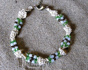 Micromacrame Hemp Bracelet.  Micro macrame hemp jewelry.