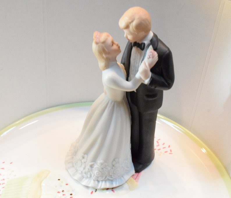Vintage Wedding Cake Topper