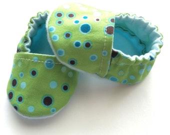 Infant Baby Booties - Newborn Shower Gift - New Baby Slippers - Newborn Baby Booties - Baby Shoes - Newborn Baby Girl Shoes - Infant Baby
