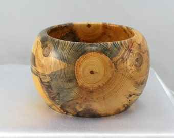 Wood Bowl.  Home Décor.   Hand turned Bowl.  Home Décor.