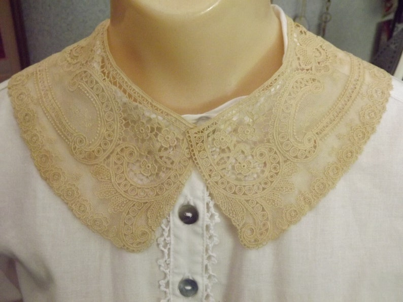 Victorian Clothing, Costumes & 1800s Fashion Vintage Tan Lace Collar Reenacting Collar Civil War Collar $22.00 AT vintagedancer.com