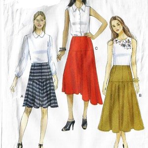 Womens Curved Seam-Detail Skirts with Variations OOP Vogue Sewing Pattern V9132 Size 6 8 10 12 14  Hip 32 12 to 38 FF Sewing Patterns