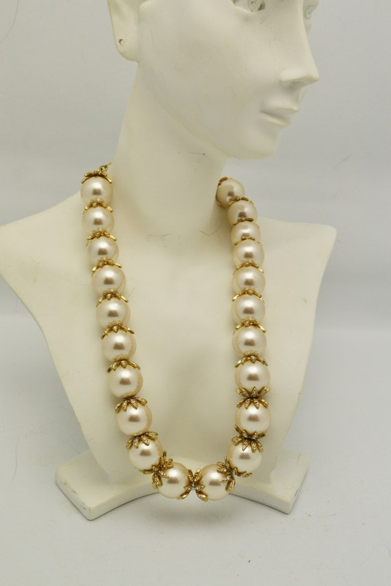 Big Faux Pearl and Rhinestone Choker Necklace 14 m