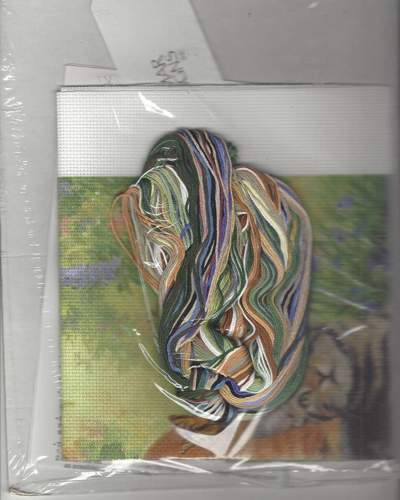 90s Hobbs /& Topper Picture Embellished Cross Stitch Kit Candemar Designs Kit 51069 Designed by Linda Picken UnOpened Cross Stitch Kit