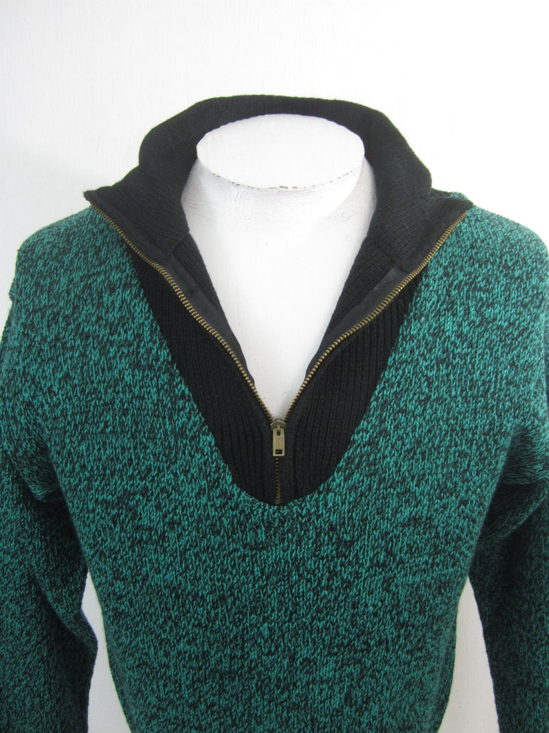 Wayne Scott vintage 1980s Men Sweater sz S black teal zip new wave shrink waist