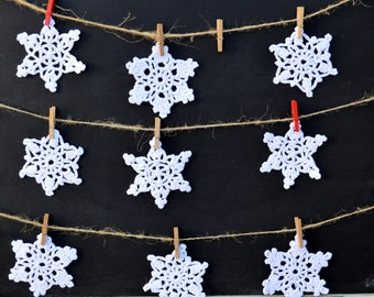Snowflakes.Snowflake ornament. Tree Decorations .Chrismas ornaments.Christmas decoration.Set of  9 White Snowflakes.
