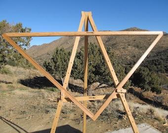 5' Adjustable Triangle Loom Hideaway brand