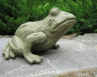 Frog Statue, Tree Frog, Concrete Statue, Cast Stone Figurine, Garden Decor,  Concrete Frog, Cement Frog, Pond Decor, Garden Frogs Cast Stone
