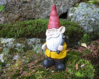 Attirant Garden Gnome, Concrete Gnome With Pick Axe, Cement Gnomes, Stone Gnome,  Traditional Garden Gnomes, Garden Decor, Gnome Land,