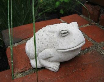 Toad Statue For Garden Decor, Concrete Frogs And Toads, Cements Toad And Frog Figures, Yard Art Toads