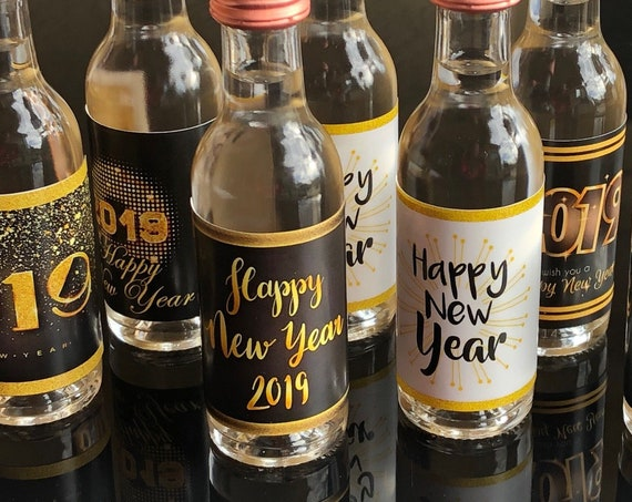 New Year's Eve Mini Liquor Bottle Labels, New Year's Eve Party Favors, New Years Eve mini Titos bottle label.. Set of 12