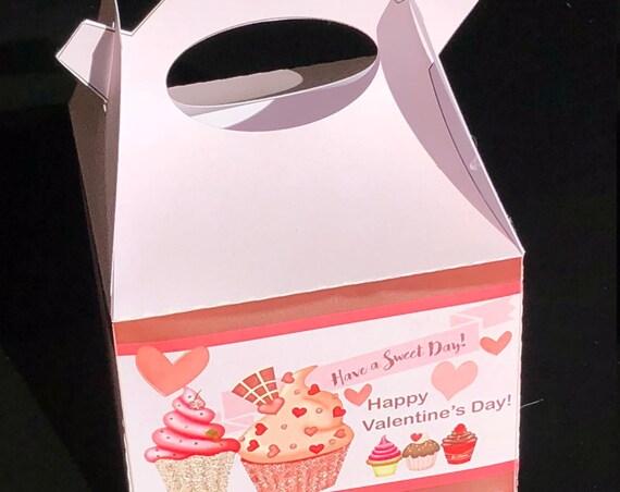 Valentine's Day Treat Box, Valentine's candy box, Valentine's Day Favor Box, Treat Boxes, Favor Boxes.  Sets of 10.