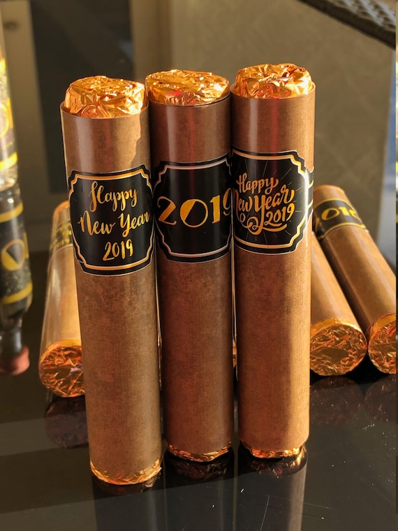 Wrapper and Band ONLY Listing for New Year's Chocolate Rolos, New Year's Eve Party Chocolate Cigar Favors, New Year's Eve Favors. Set of 24.