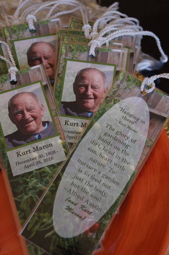 Funeral Bookmarks, Memorial Service Bookmarks, Personalized funeral bookmarks, Bereavement bookmarks, Set of 20