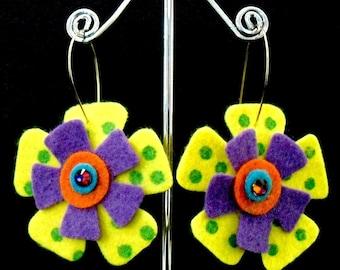 ZigZag Funky Felt Flowers Earrings