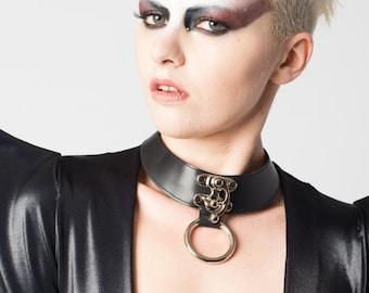 Vanta Black Leather Latch Choker