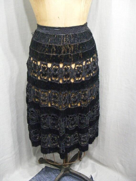 1950s Skirt Cellophane Straw Raffia Black Crochete